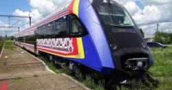 Trenul de mare viteză al României este gata de omologare. Doar că nu prea are pe unde circula