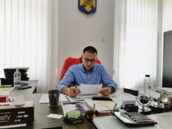 Mihai Fifor : Abandonarea de către Guvern a testării periodice în școli este o decizie criminală pentru educația și sănătatea elevilor