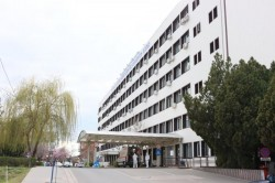 Nu mai sunt paturi libere în secțiile Covid din Arad! Secția Clinică Urologie se transformă în secție Covid-19