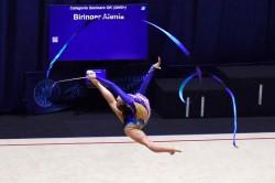 Performanță mai rar întâlnită. Toate gimnastele de la CSM Arad au urcat pe podium la Naţionalele de junioare şi senioare la ritmică