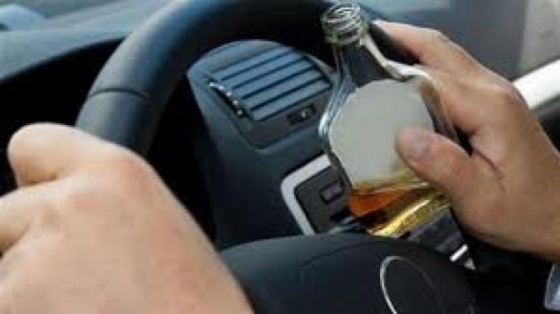 Și rupt de beat și fără permis. La volan cu alcoolemie de aproape 1,50‰