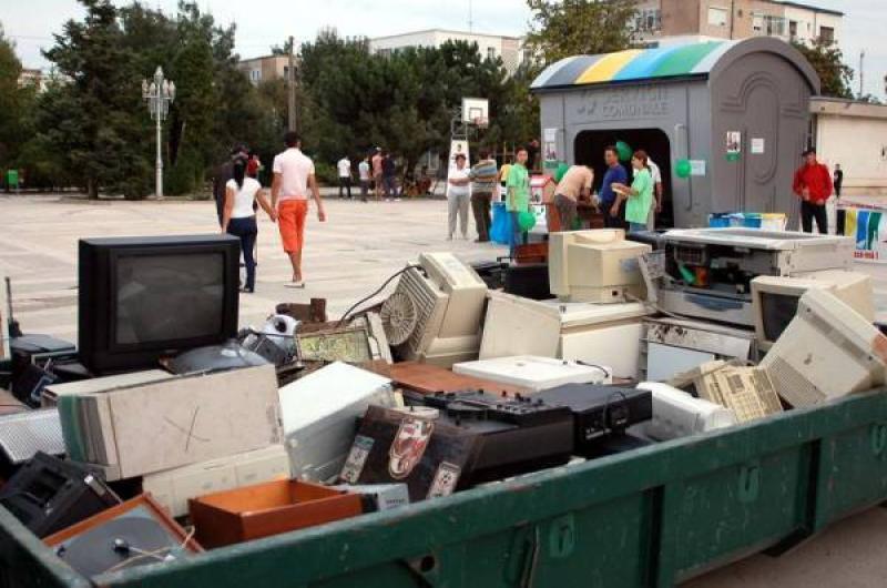 Predă deșeurile electrice și câștigi premii! Campanie de colectare deșeuri electrice și de baterii în Arad