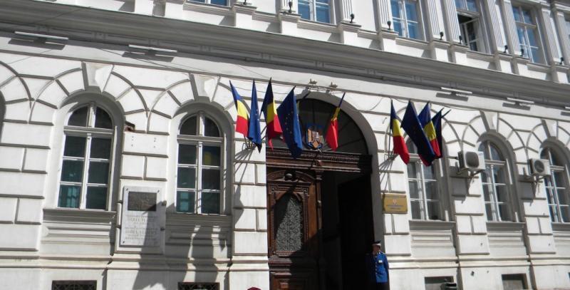 Suspendarea temporară a activităților de audiențe, relații cu publicul, registratură generală și apostilare la Prefectura Arad