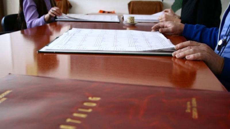 Peste 450 de profesori nu s-au prezentat la proba scrisă a concursului de directori, anunță Ministerul Educației. 21 s-au retras după ce au văzut subiectele