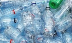 Scăpăm de PET-urile care sufocă România? de la 1 octombrie 2022, ambalajele reutilizabile returnabile în orice magazin