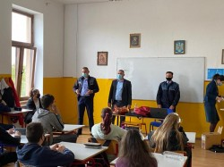 Activități de prevenire a violenței în mediul școlar la liceul Gheorghe Lazăr din Pecica