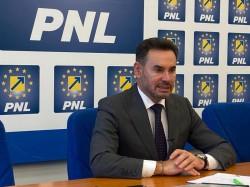 """Gheorghe Falcă: """"Recomand administrațiilor centrale și locale să crească repede capacitatea administrativă și să pregătească proiectele"""""""
