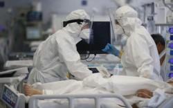 Val de decese! 18 arădeni au pierdut lupta cu virusul în ultimele 24 de ore! Municipiu a depășit rata de 10 infectări la mia de locuitori!