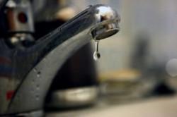 Tauț fără apă potabilă