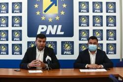 Parlamentarii PNL au votat pentru plafonarea și compensarea prețului curentului și gazelor